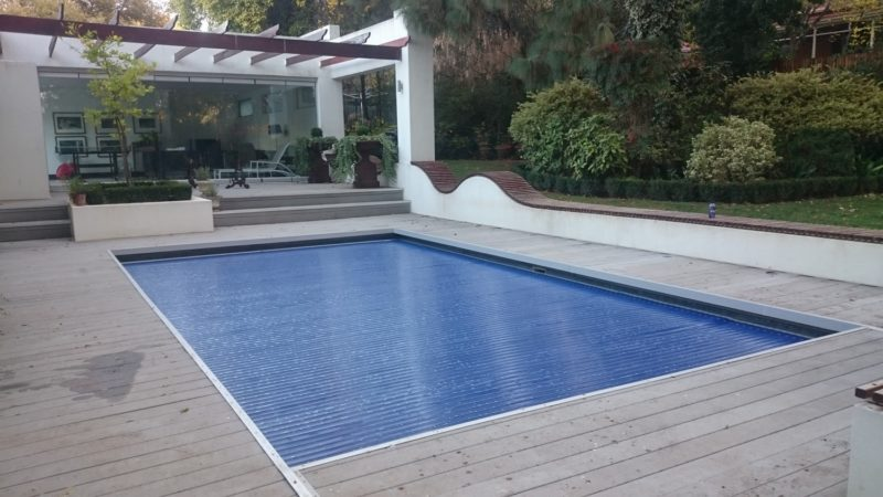 Automated Slated Pool Cover